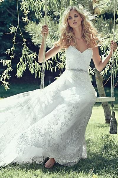 bruidsjurk-maggie-sottero-Luna-romantisch-bohemien-kant-strapless